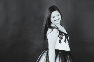 Marina a Johns Creek Senior with down-syndrome choose to take her senior pictures with Urban Flair and Starr Petronella